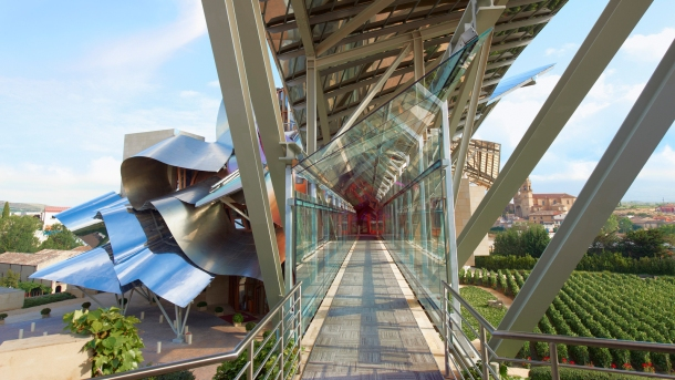 Virginia Duran Blog- Spanish Architecture- Alava- Marques de Riscal Winery Complex by Frank Gehry- access-