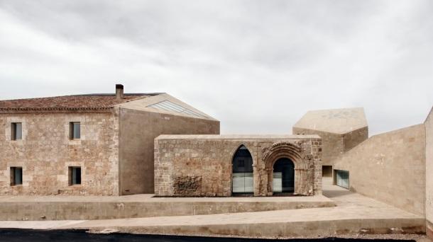Virginia Duran Blog- Spanish Architecture- Burgos- Oficinas Ribera del Duero by Estudio Barozzi Veiga