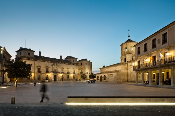 Virginia Duran Blog- Spanish Architecture- Soria- Plaza Mayor almazan - ch+qs arquitectos- sunset