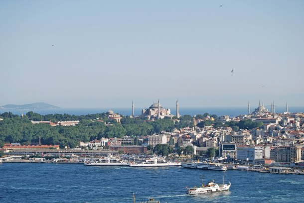 Virginia Duran Blog- 10 Sites To Take The Best Skyline Pictures in Istanbul- Galata Tower