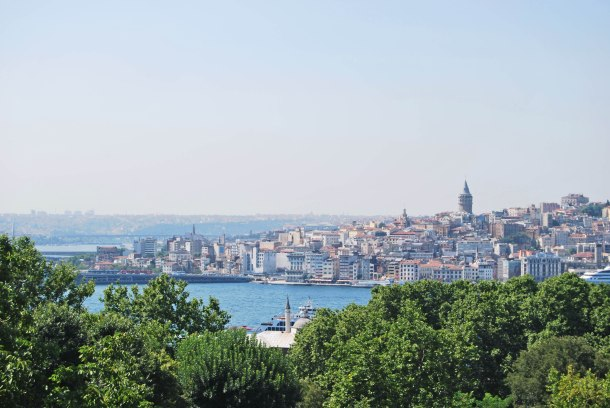 Virginia Duran Blog- 10 Sites To Take The Best Skyline Pictures in Istanbul- Topkapi Palace