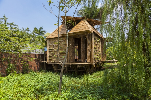 Virginia Duran Blog- Floating Homes- Bamboo Home by H&P Architects
