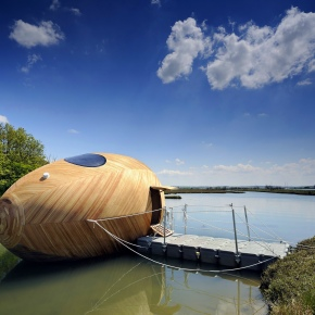 9 Floating Homes You'd Love to Live In