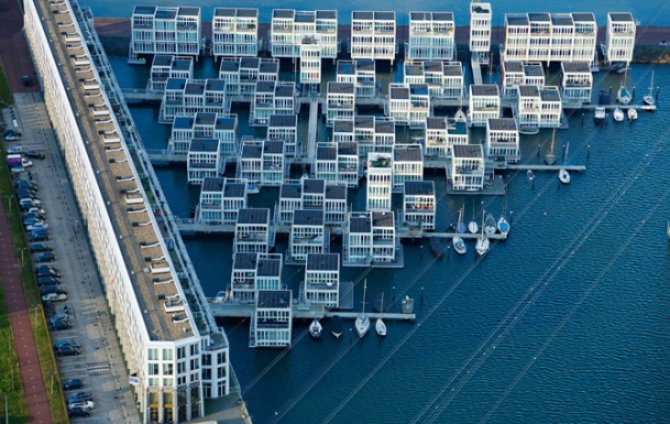Virginia Duran Blog- Floating Homes- Floating Houses in IJburg by Architectenbureau Marlies Rohmer- complex