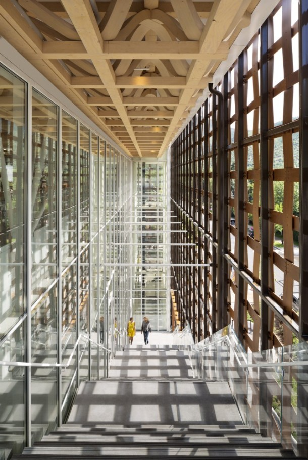 Virginia Duran Blog- Amazing Museums- Aspen Art Museum by Shigeru Ban Architects- interior