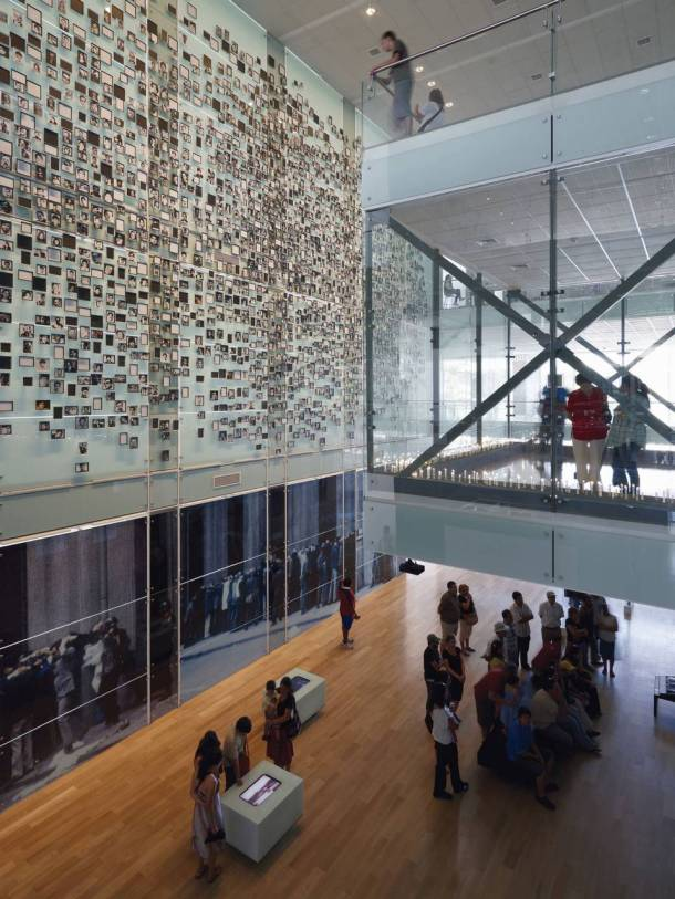 Virginia Duran Blog- Amazing Museums- Memoria-Estudio America-Santiago de Chile-interior