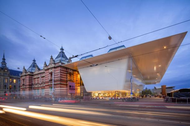 Virginia Duran Blog- Amazing Museums- Stedelijk Museum Amsterdam : Benthem Crouwel Architects-interior