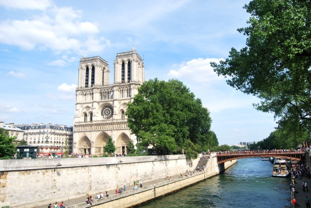 Virginia Duran Blog-Buildings in Paris if you Love Architecture- Notre Dame-