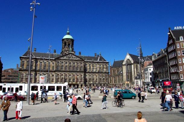 Virginia Duran Blog-Amazing architecture Amsterdam-Dam Square