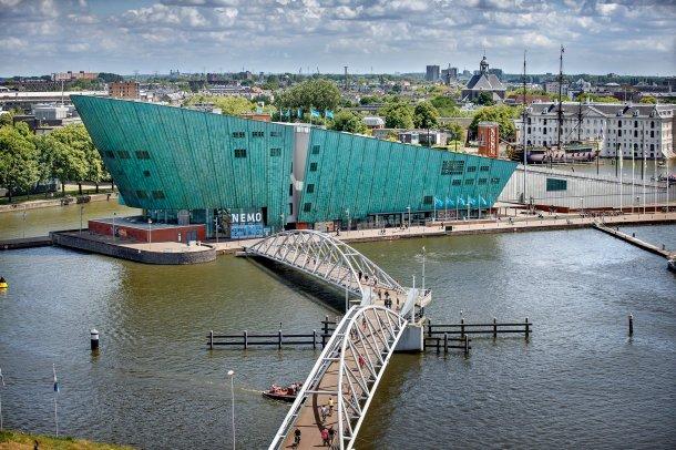 Virginia Duran Blog-Amazing architecture Amsterdam-NEMO by Renzo Piano
