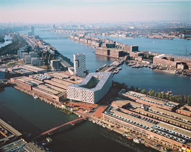 Virginia Duran Blog-Amazing architecture Amsterdam-The whale-