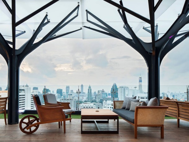 Virginia Duran Blog- Amazing Skyline Rooftops Bangkok- Fraser Suites Sukhumvit Rooftop-Above