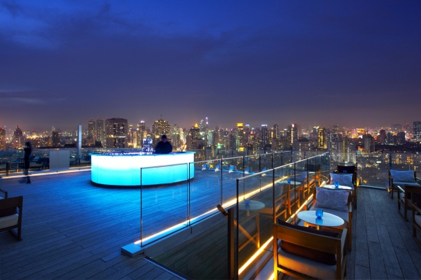 Virginia Duran Blog- Amazing Skyline Rooftops Bangkok- Octave Rooftop Bar
