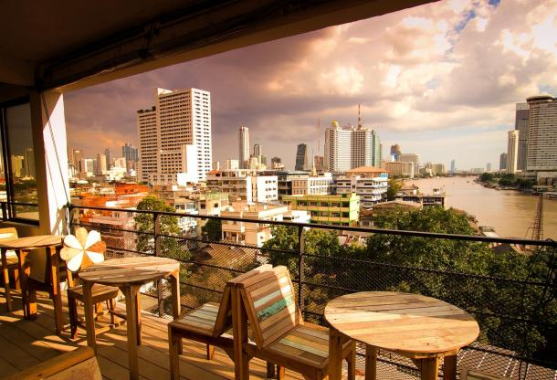 Virginia Duran Blog- Amazing Skyline Rooftops Bangkok- River View Guest House