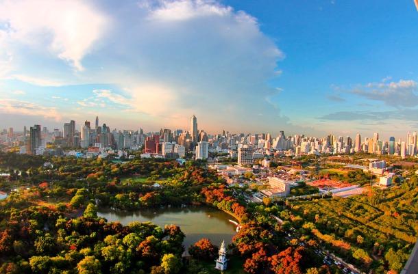 Virginia Duran Blog- Amazing Skyline Rooftops Bangkok- Sofitel So on Sathorn Rooftop- Lumphini Park