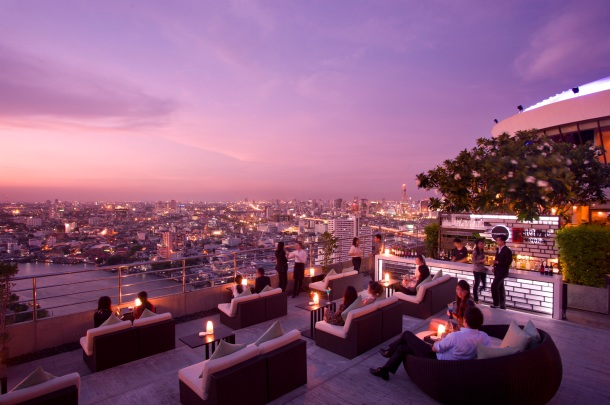 Virginia Duran Blog- Amazing Skyline Rooftops Bangkok- The Millenium Hilton Bangkok Rooftop-360
