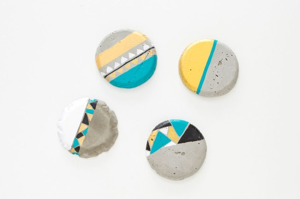 Virginia Duran Blog- 12 Cool Concrete and Cement DIY Designs- Magnets