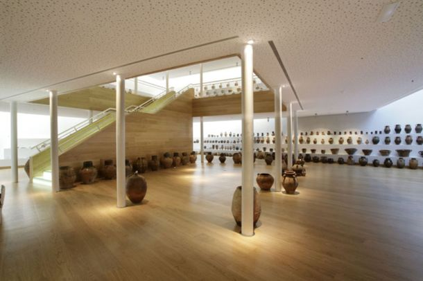 Virginia Duran Blog- Architecturally Amazing Wineries- Bodegas-Darien-interior