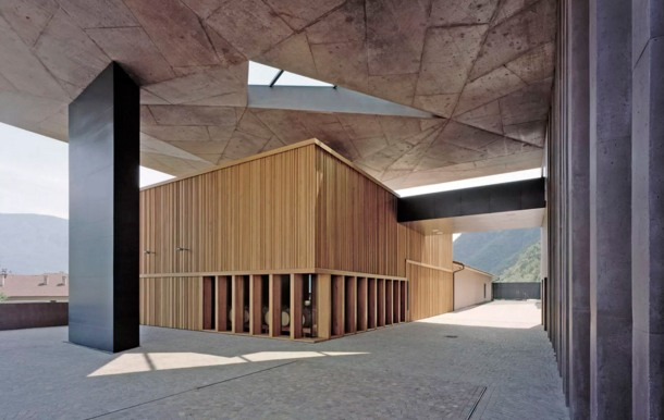 Virginia Duran Blog- Architecturally Amazing Wineries- Winery Nals Margreid by Markus Scherer-interior