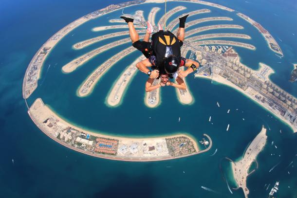 Amazing Skydiving Dubai- Virginia Duran Architect