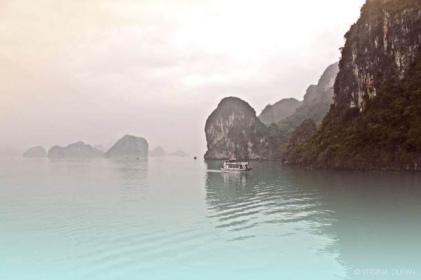 virginia-duran-blog-vietnam-amazing-ha-long-bay-wallpaper