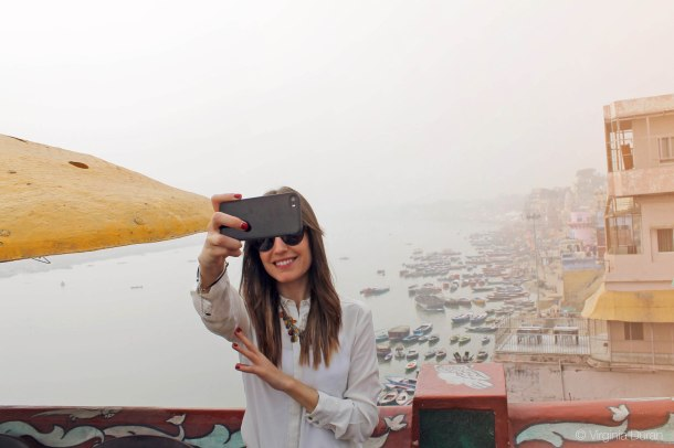 beautiful-india-virginia-duran-10-varanasi-selfie