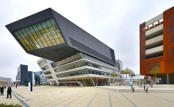 virginia-duran-blog-vienna-architecture-library-by-zaha-hadid