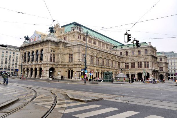 virginia-duran-blog-vienna-architecture-opera-house
