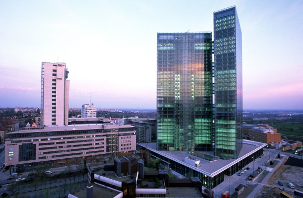 virginia-duran-blog-vienna-architecture-twin-towers-fuksas