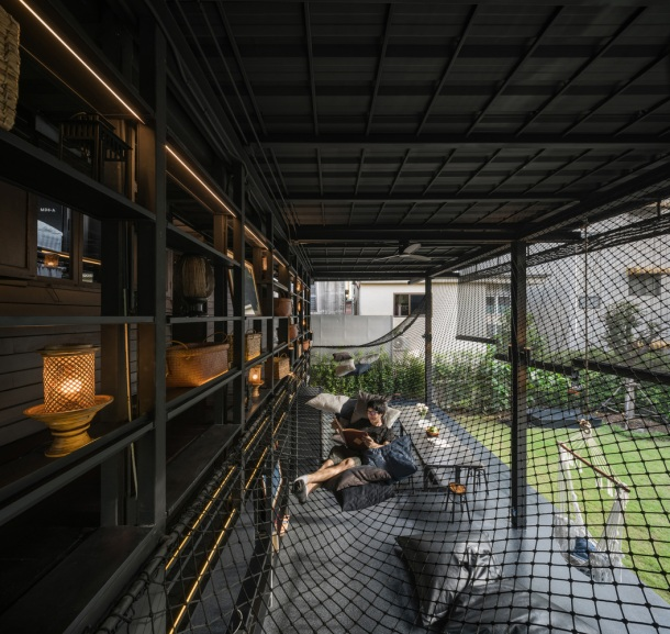 KLOEM Hostel Bangkok by IF (Integrated Field)